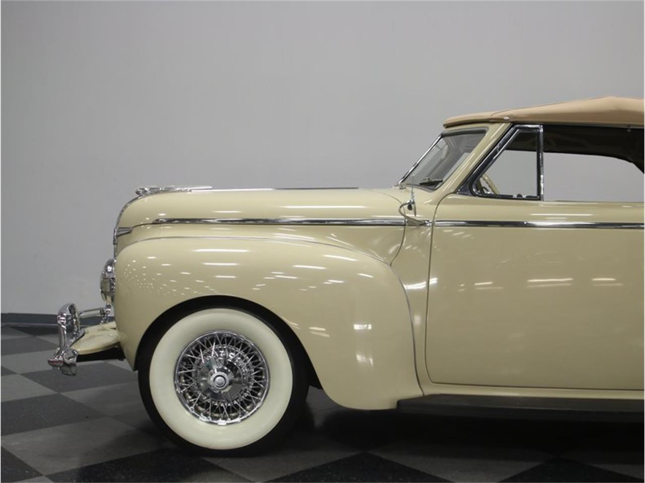 Large Picture of 1941 Luxury Liner Offered by Streetside Classics - Nashville - LKP6