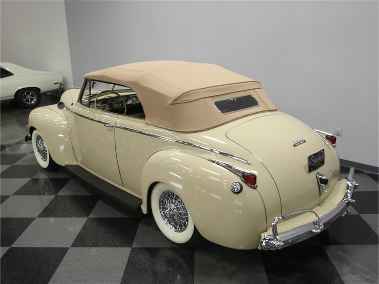 Large Picture of Classic '41 Luxury Liner located in Lavergne Tennessee - $49,995.00 Offered by Streetside Classics - Nashville - LKP6