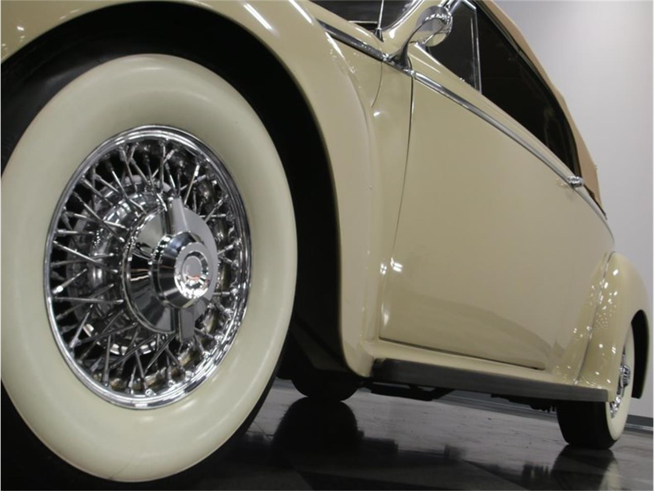 Large Picture of '41 Dodge Luxury Liner - $49,995.00 - LKP6