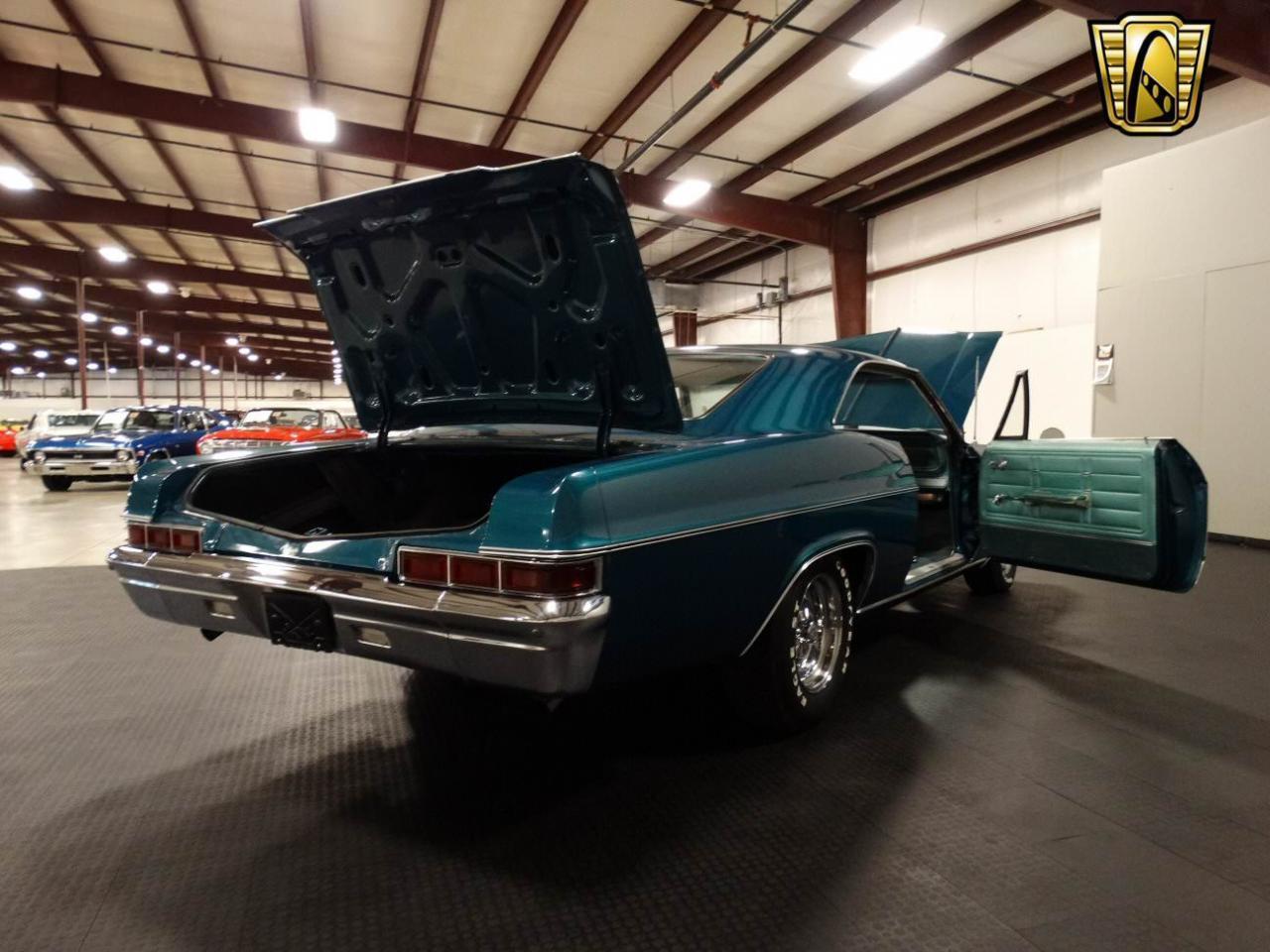 Large Picture of '66 Impala - LKPU