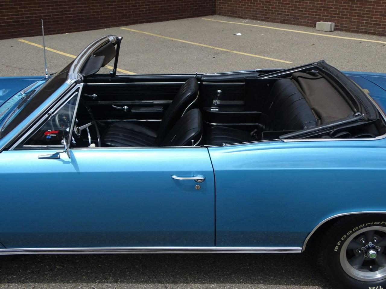 Large Picture of '66 Chevelle - LG47