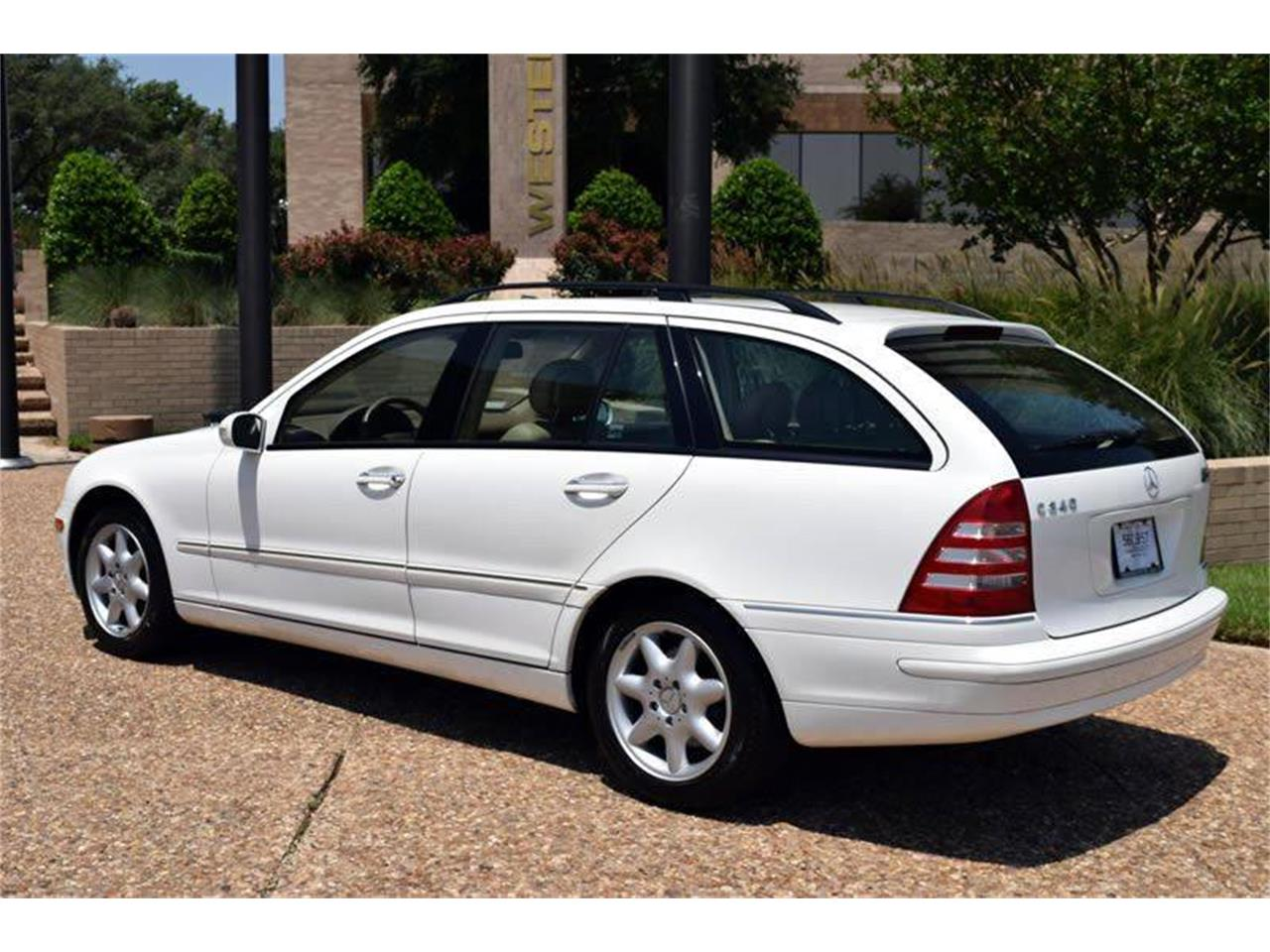 Large Picture of '04 C-Class - LKS3
