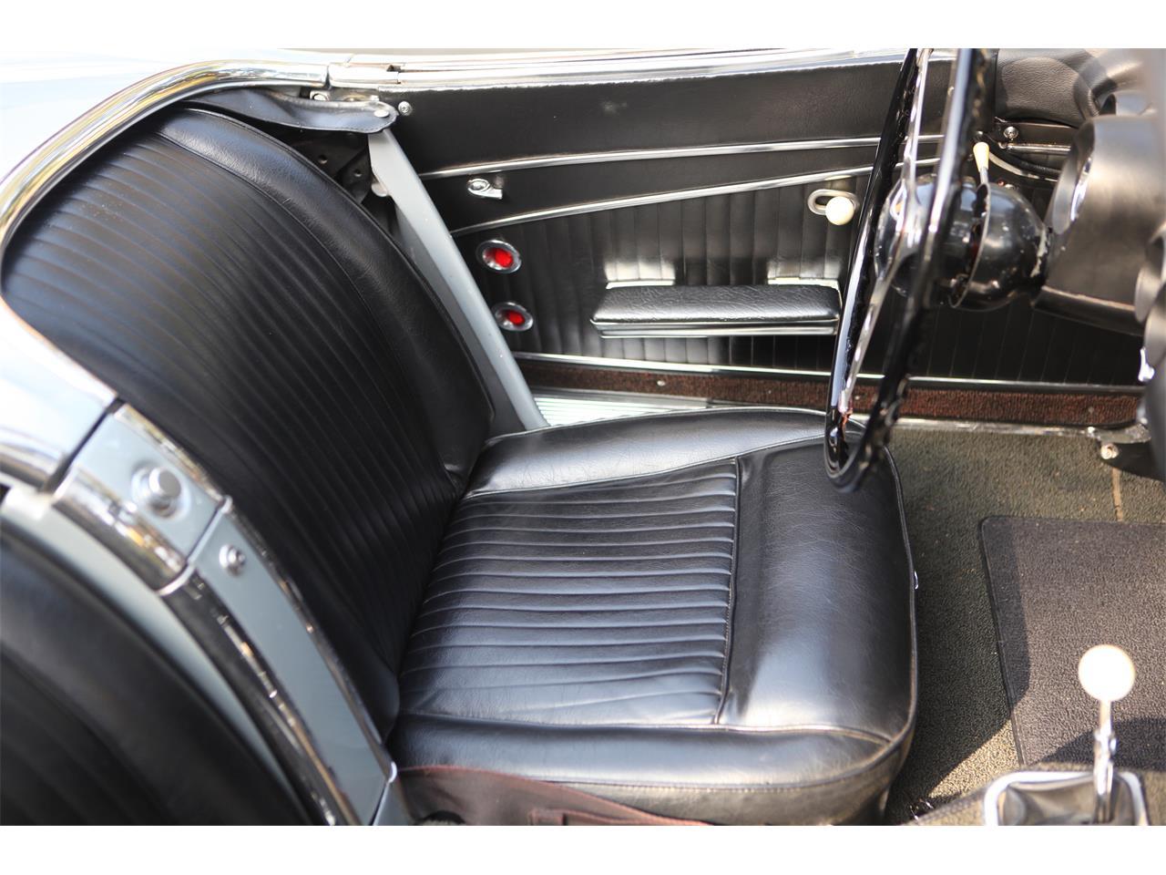 Large Picture of '62 Corvette - LKXJ