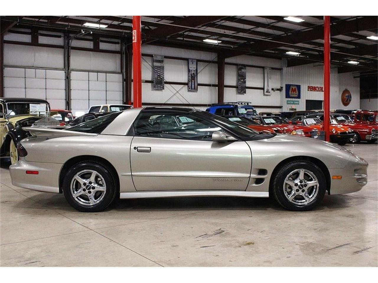 Large Picture of 2000 Pontiac Firebird located in Michigan - $9,900.00 Offered by GR Auto Gallery - LL2G