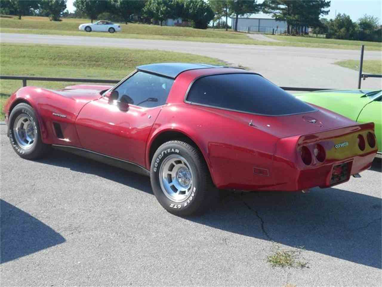 Large Picture of '82 Chevrolet Corvette located in Blanchard Oklahoma - LG65