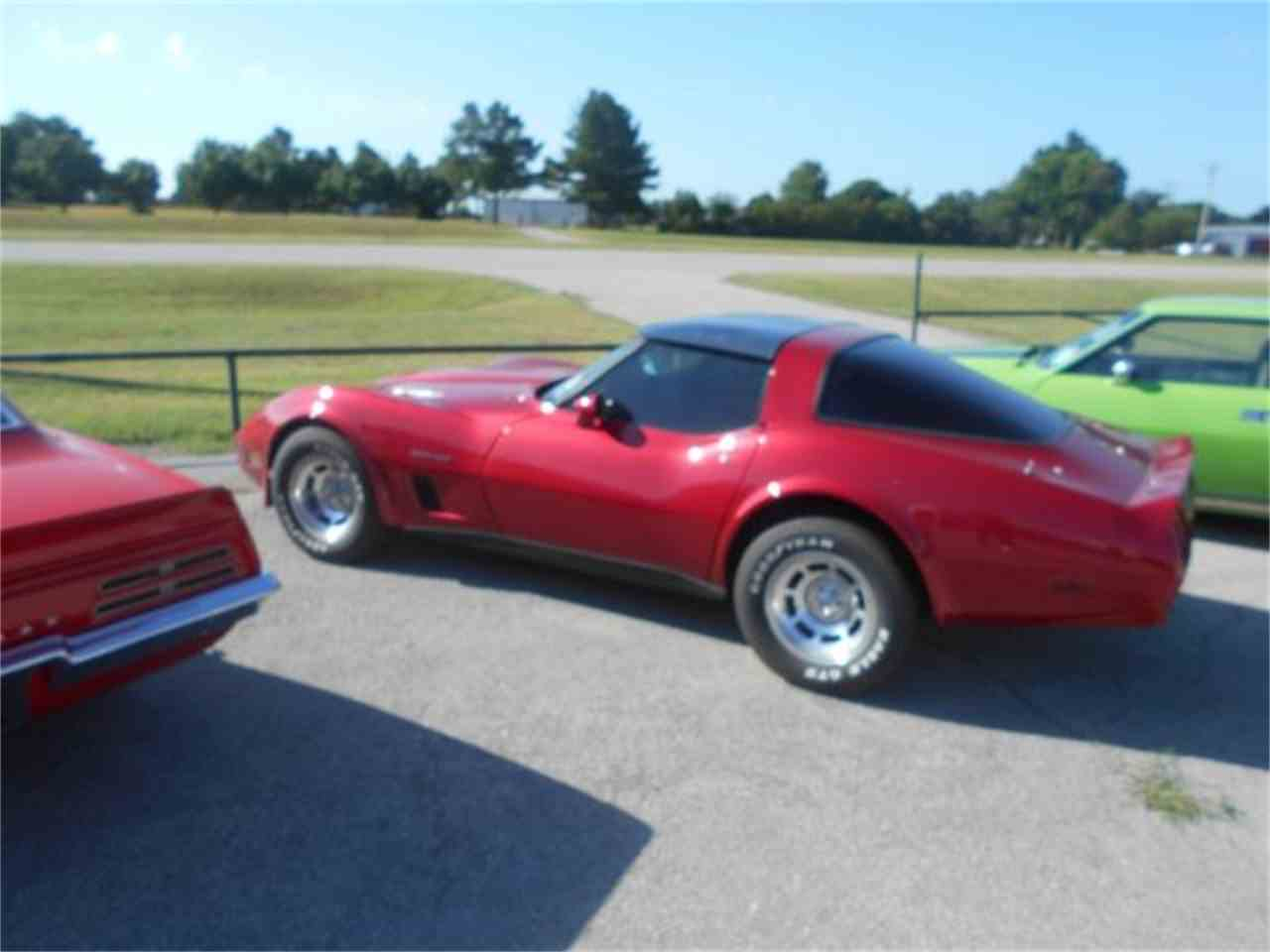 Large Picture of '82 Chevrolet Corvette - $14,500.00 - LG65