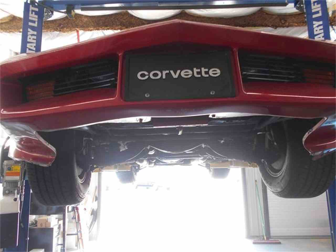 Large Picture of '82 Corvette - LG65