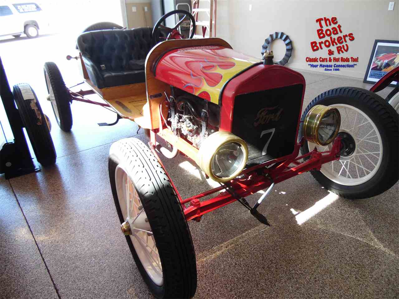 Large Picture of '19 Model T - LL9G