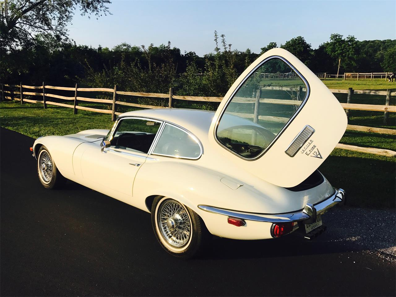 Large Picture of Classic 1971 Jaguar XKE III located in Newtown Pennsylvania Offered by a Private Seller - LLC3