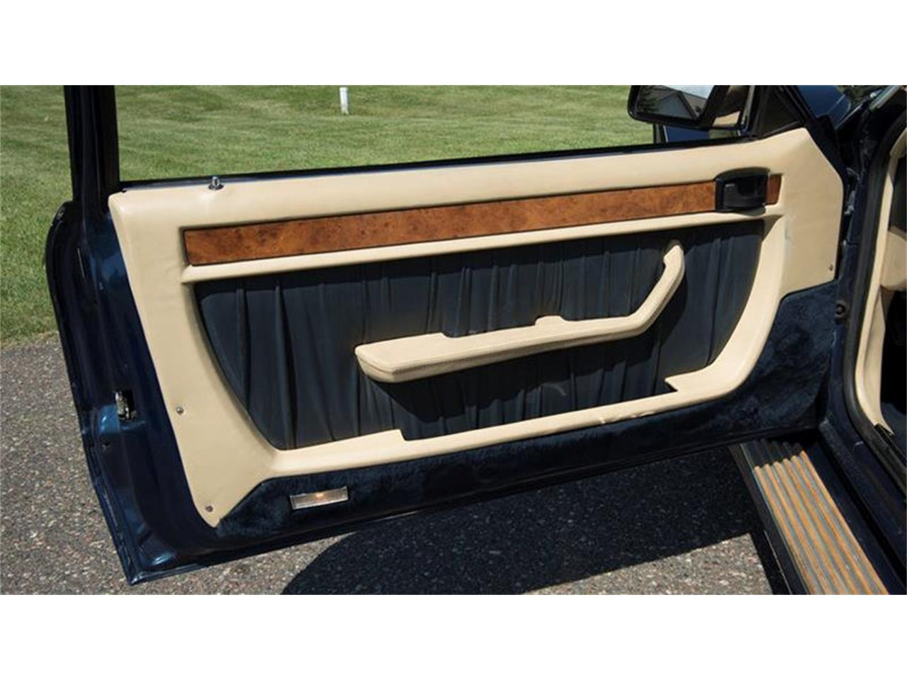 Large Picture of '87 Ford Mustang located in Minnesota Offered by Ellingson Motorcars - LLGS