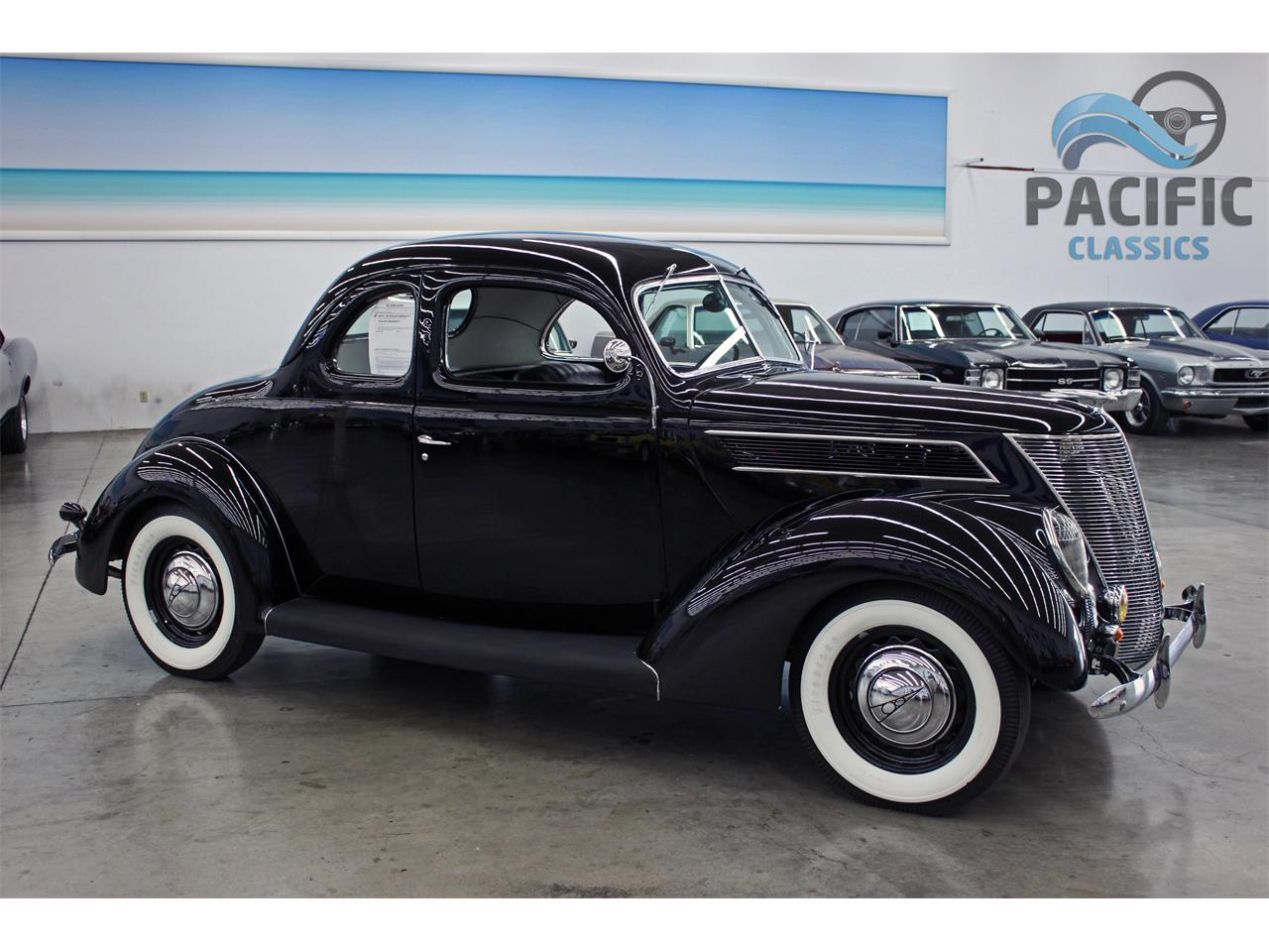 Large Picture of Classic 1937 Ford Coupe - $42,950.00 - LLLE