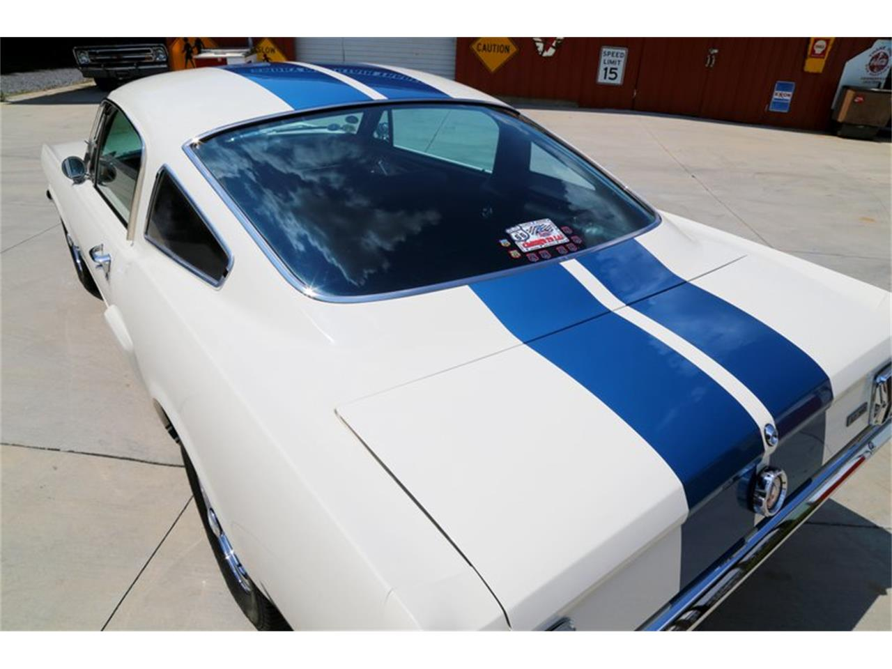 Large Picture of Classic '65 Mustang located in Tennessee - $64,995.00 - LLLW