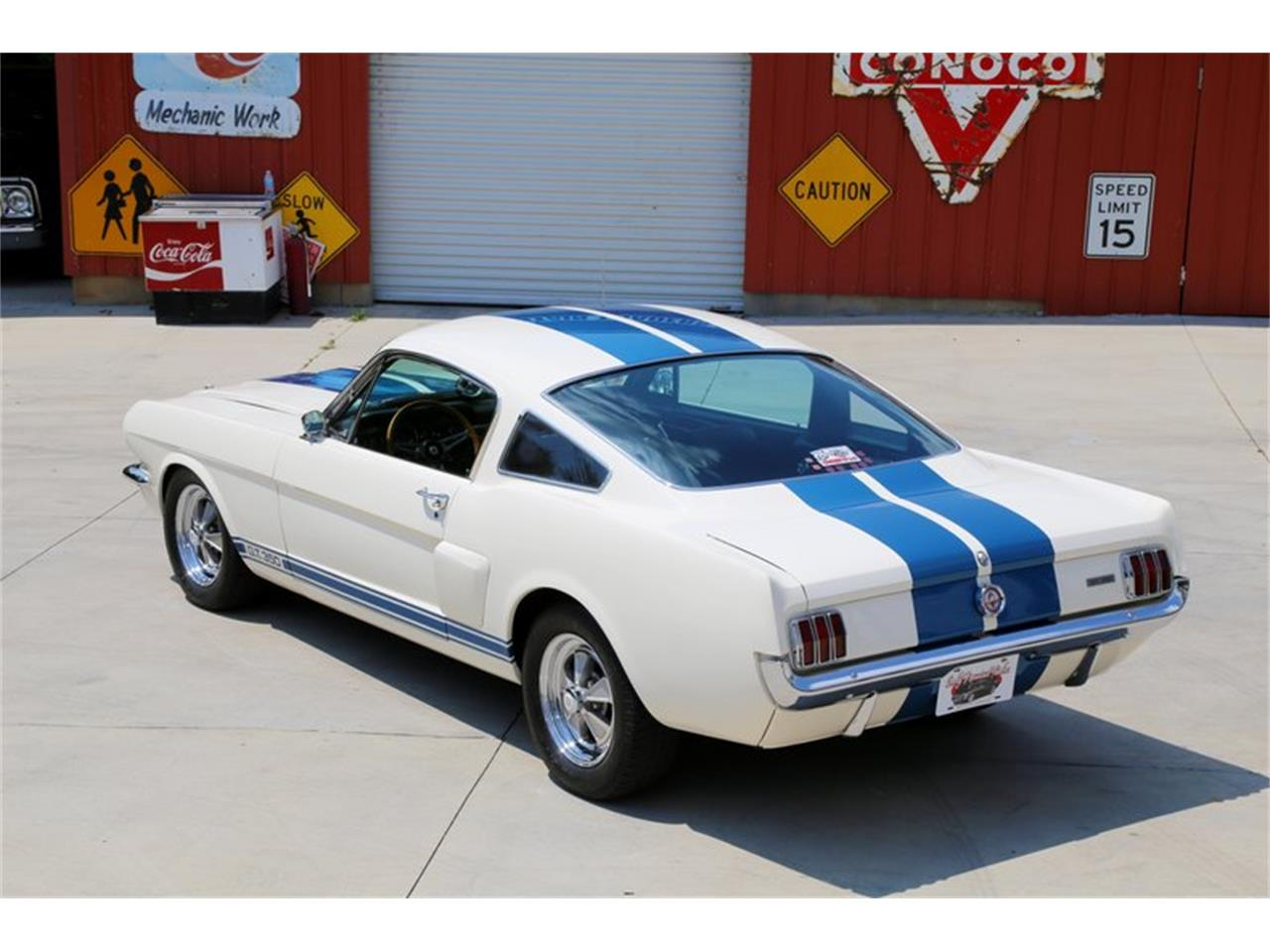 Large Picture of 1965 Ford Mustang located in Tennessee Offered by Smoky Mountain Traders - LLLW