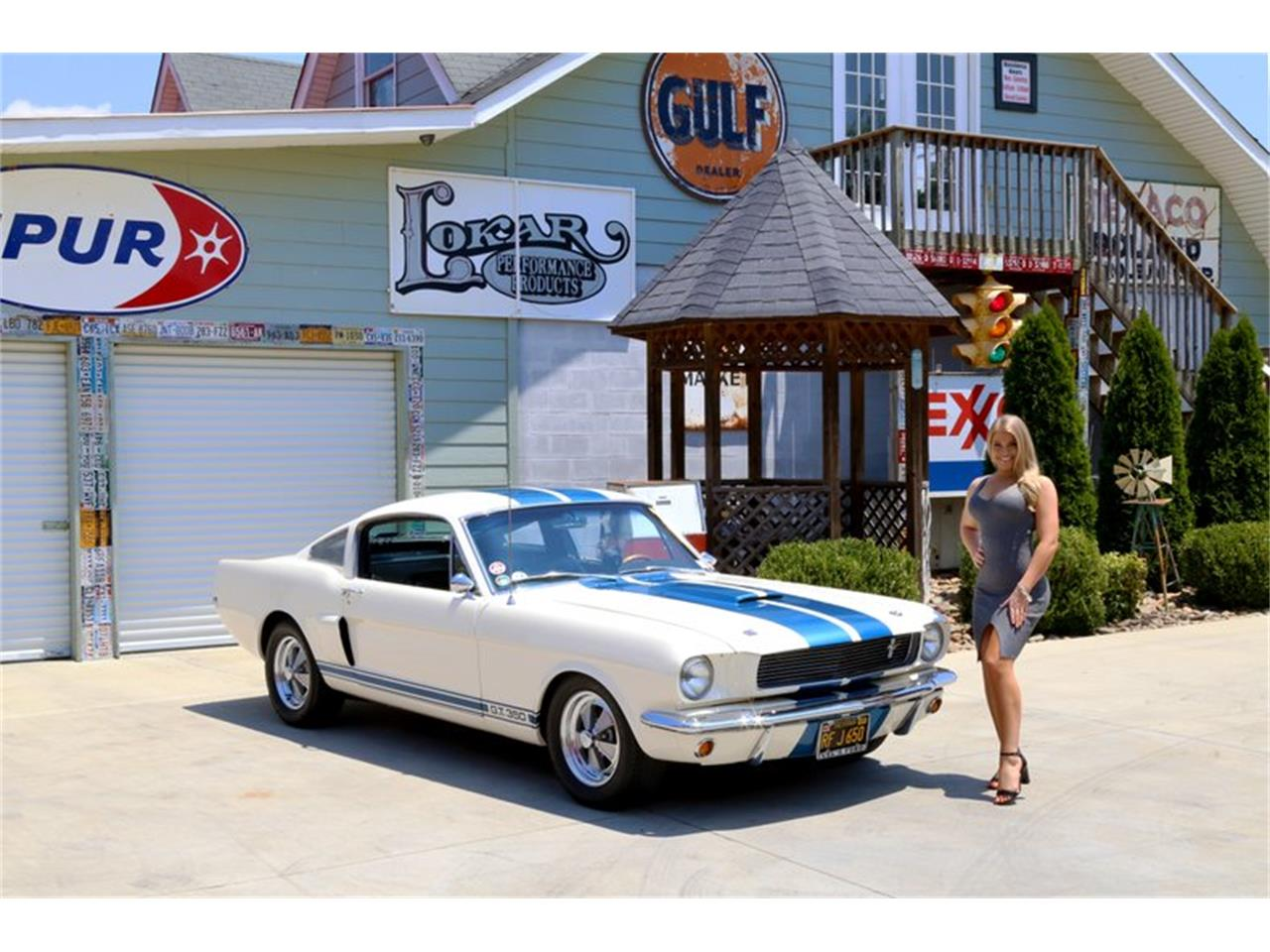 Large Picture of '65 Mustang - LLLW