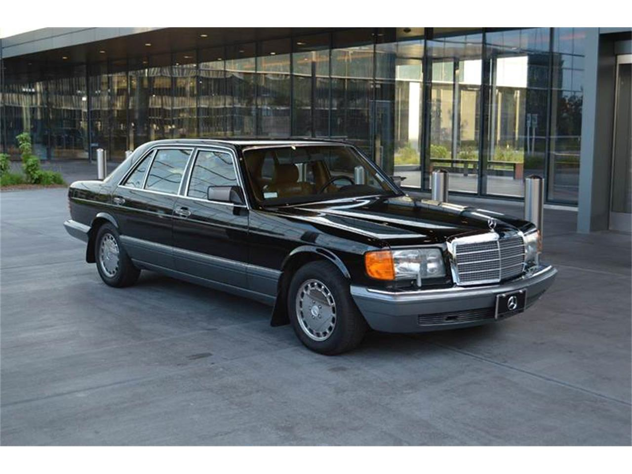 Large Picture of '89 Mercedes-Benz S-Class Offered by Park-Ward Motors - LLPD