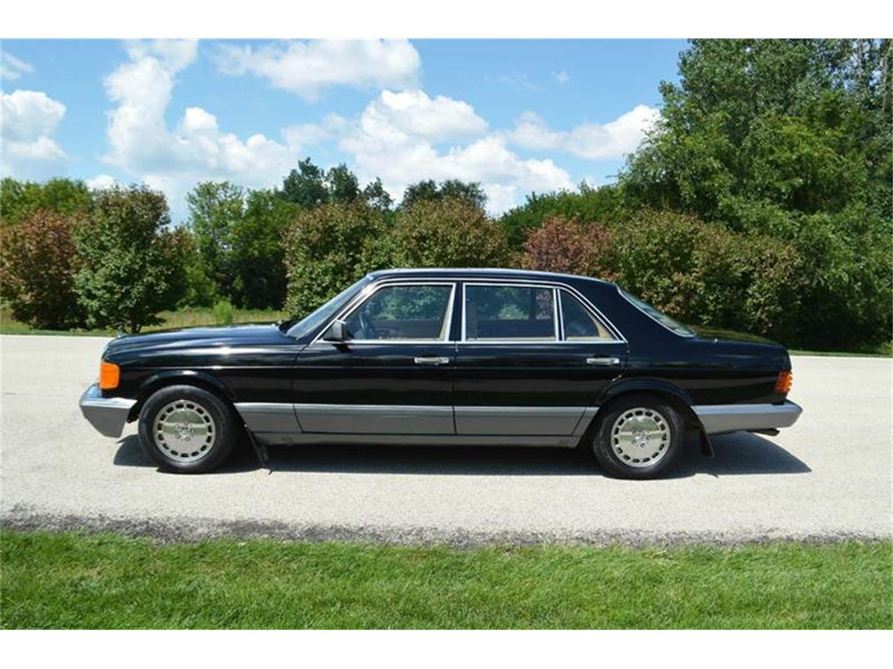Large Picture of '89 Mercedes-Benz S-Class located in Illinois - LLPD