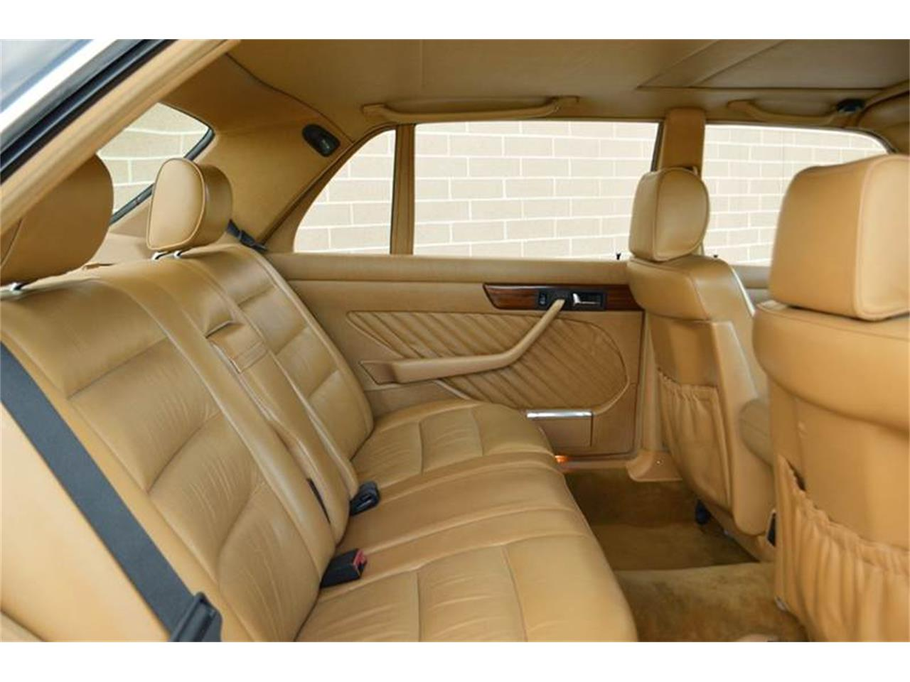 Large Picture of '89 Mercedes-Benz S-Class located in Illinois Offered by Park-Ward Motors - LLPD