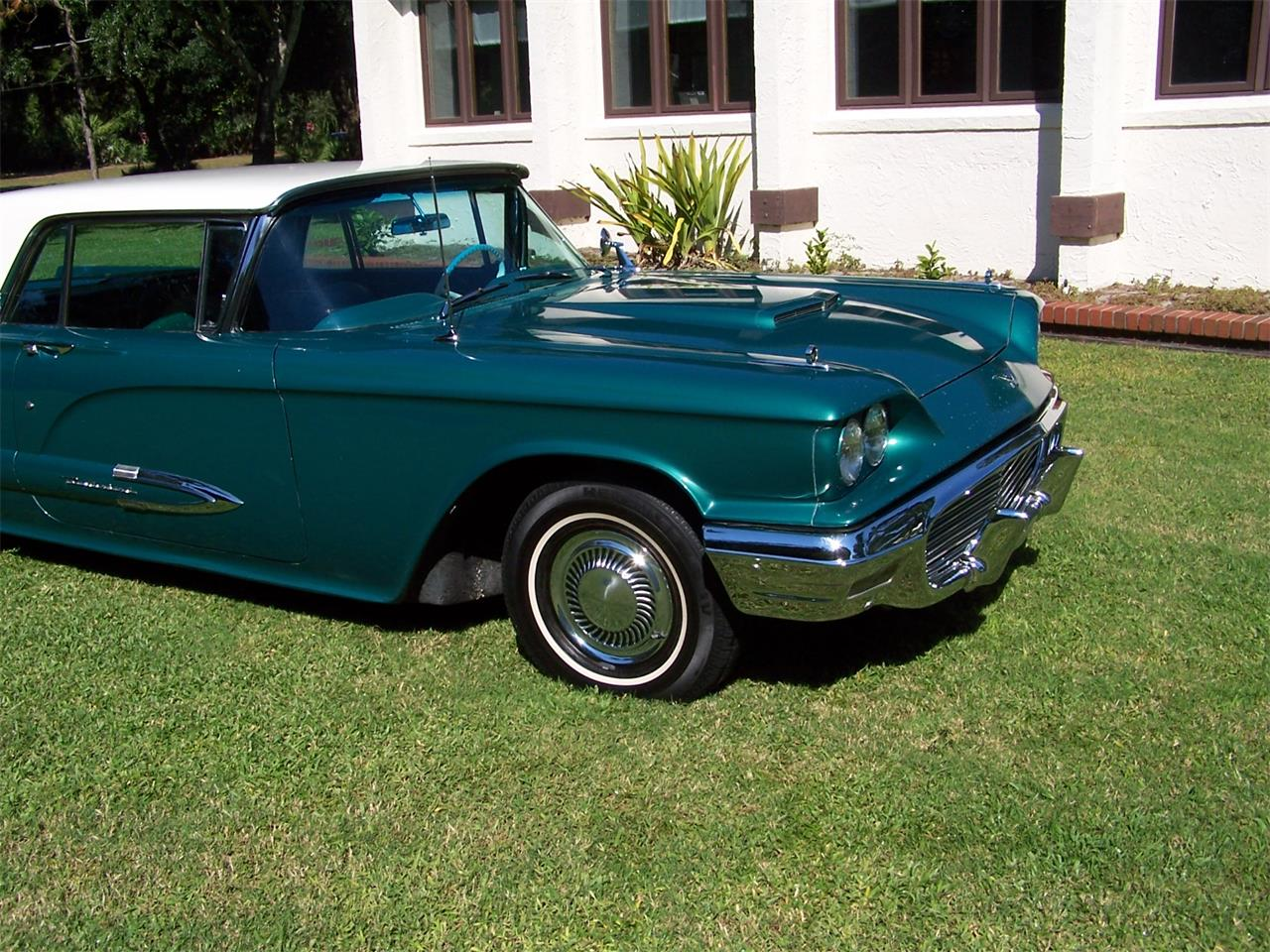 Large Picture of Classic '59 Thunderbird located in Florida - $15,500.00 Offered by a Private Seller - LLRY