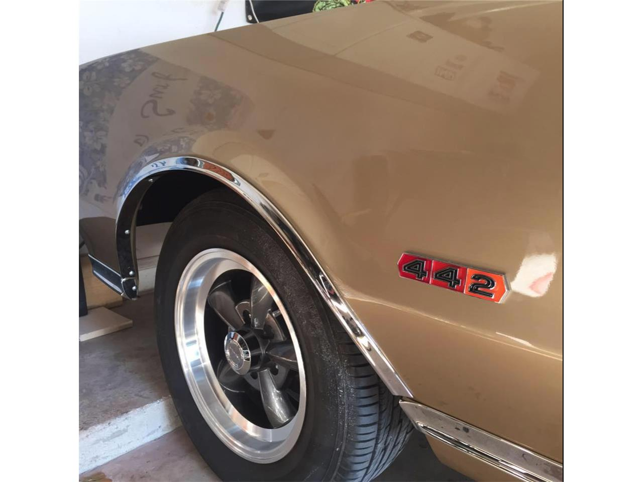 Large Picture of '67 Oldsmobile 442 located in Florida Offered by a Private Seller - LG82