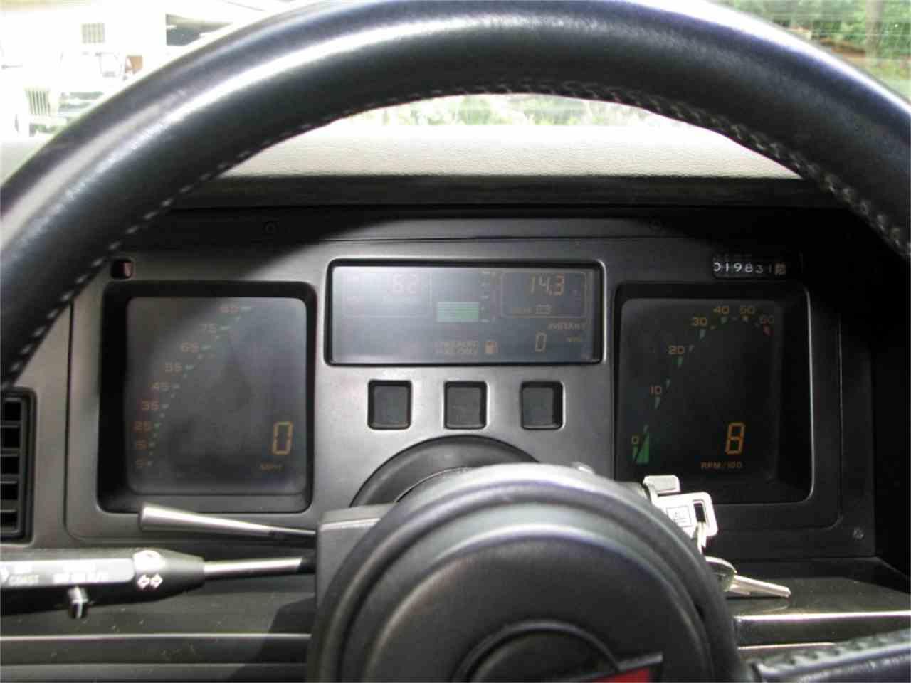 Large Picture of '86 Corvette - LLXW