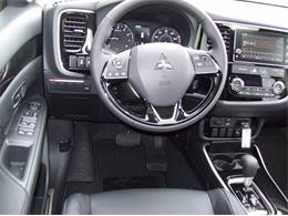 Picture of '17 Outlander located in Holland Michigan - LG8N