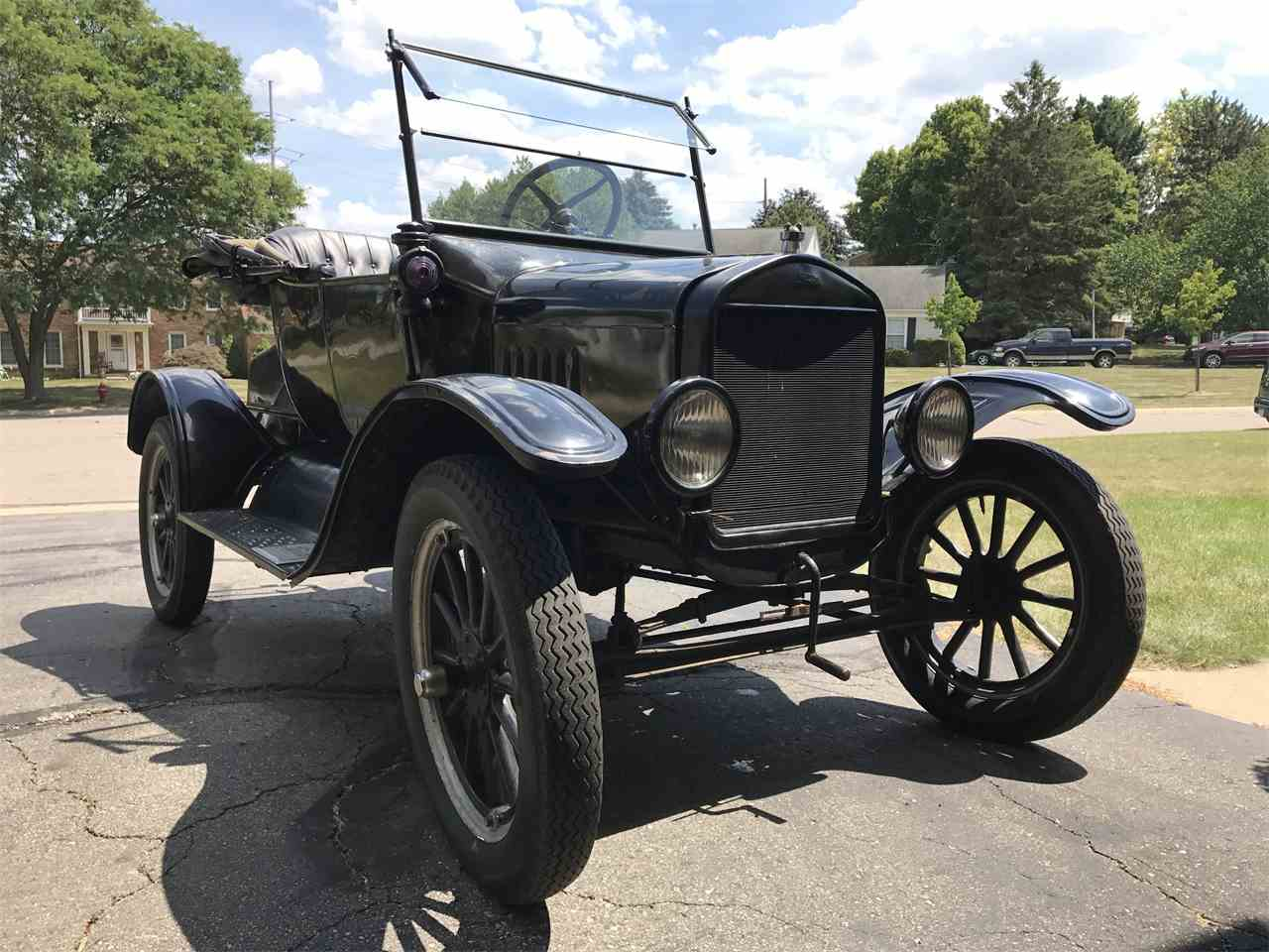 Large Picture of Classic 1924 Model T located in Rochester Hills Michigan - $10,500.00 Offered by a Private Seller - LM42