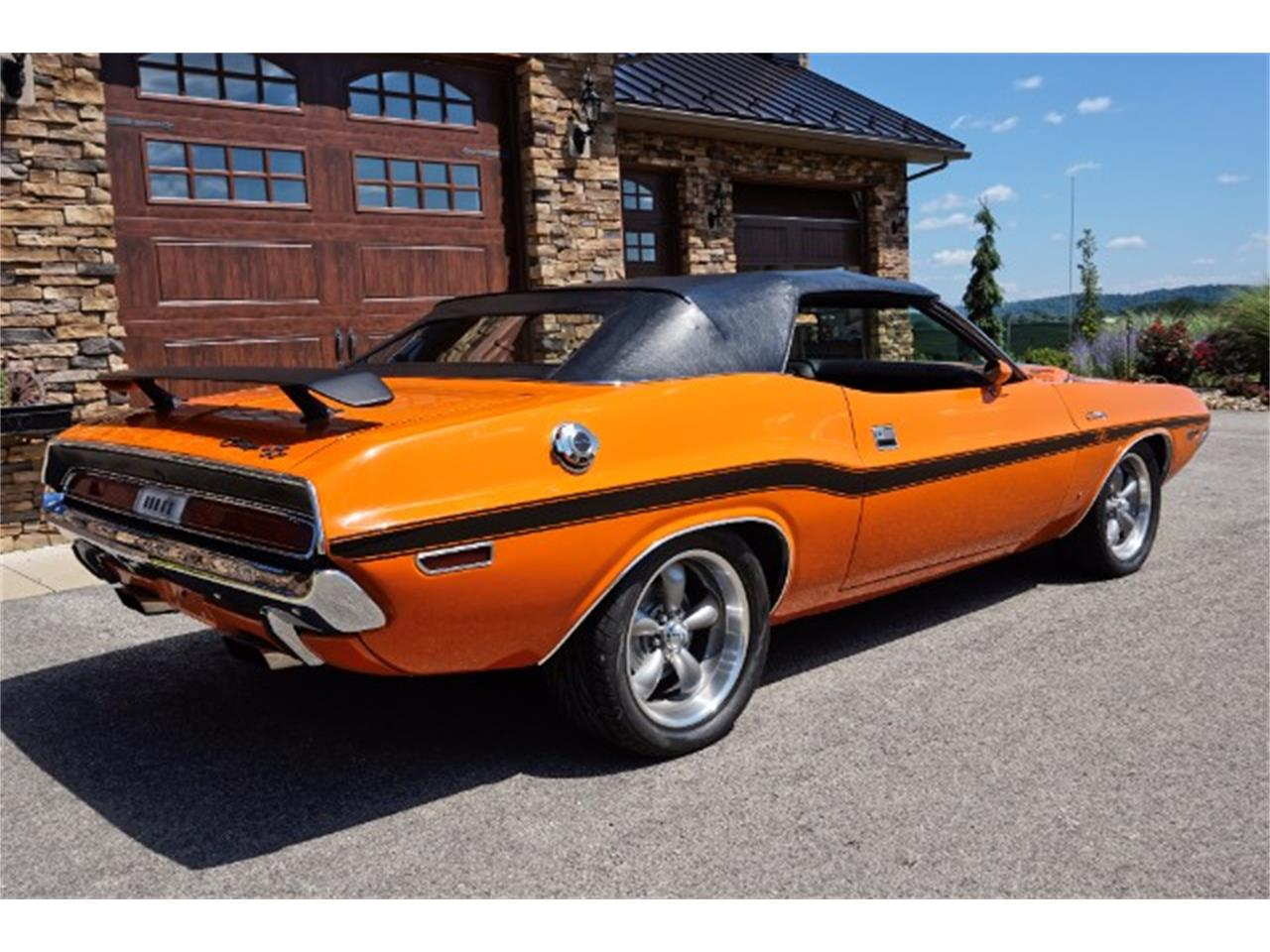 Large Picture of '70 Dodge Challenger Offered by Hanksters Muscle Cars - LM52