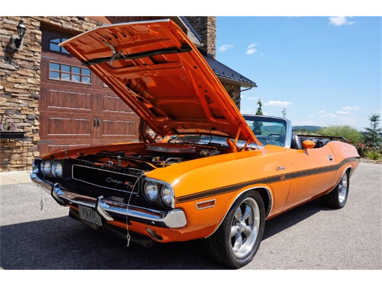 Large Picture of '70 Dodge Challenger located in Pennsylvania Offered by Hanksters Muscle Cars - LM52