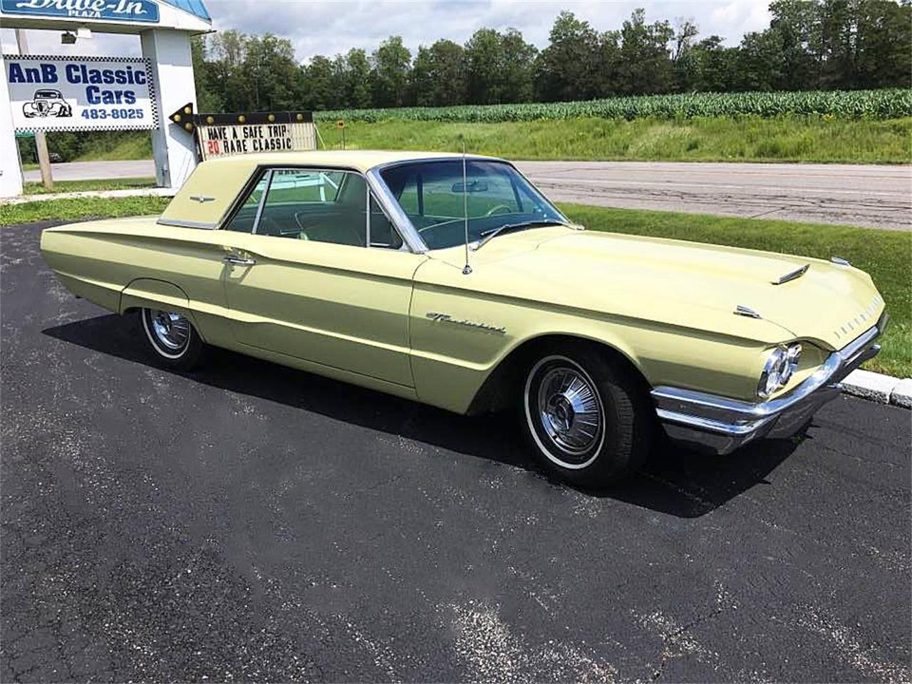 Large Picture of '64 Thunderbird - $17,900.00 - LM8L