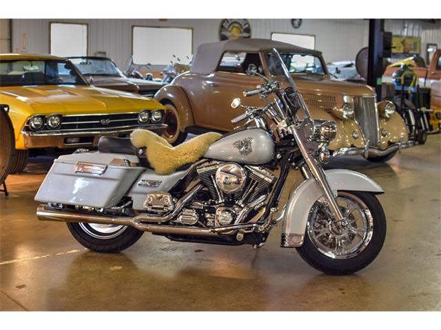 Picture of 2003 Harley-Davidson Road King Classic located in Minnesota - $9,750.00 Offered by  - LMBJ