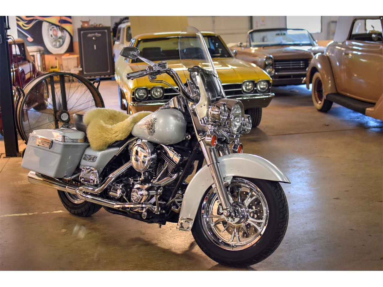 Large Picture of '03 Road King Classic - LMBJ