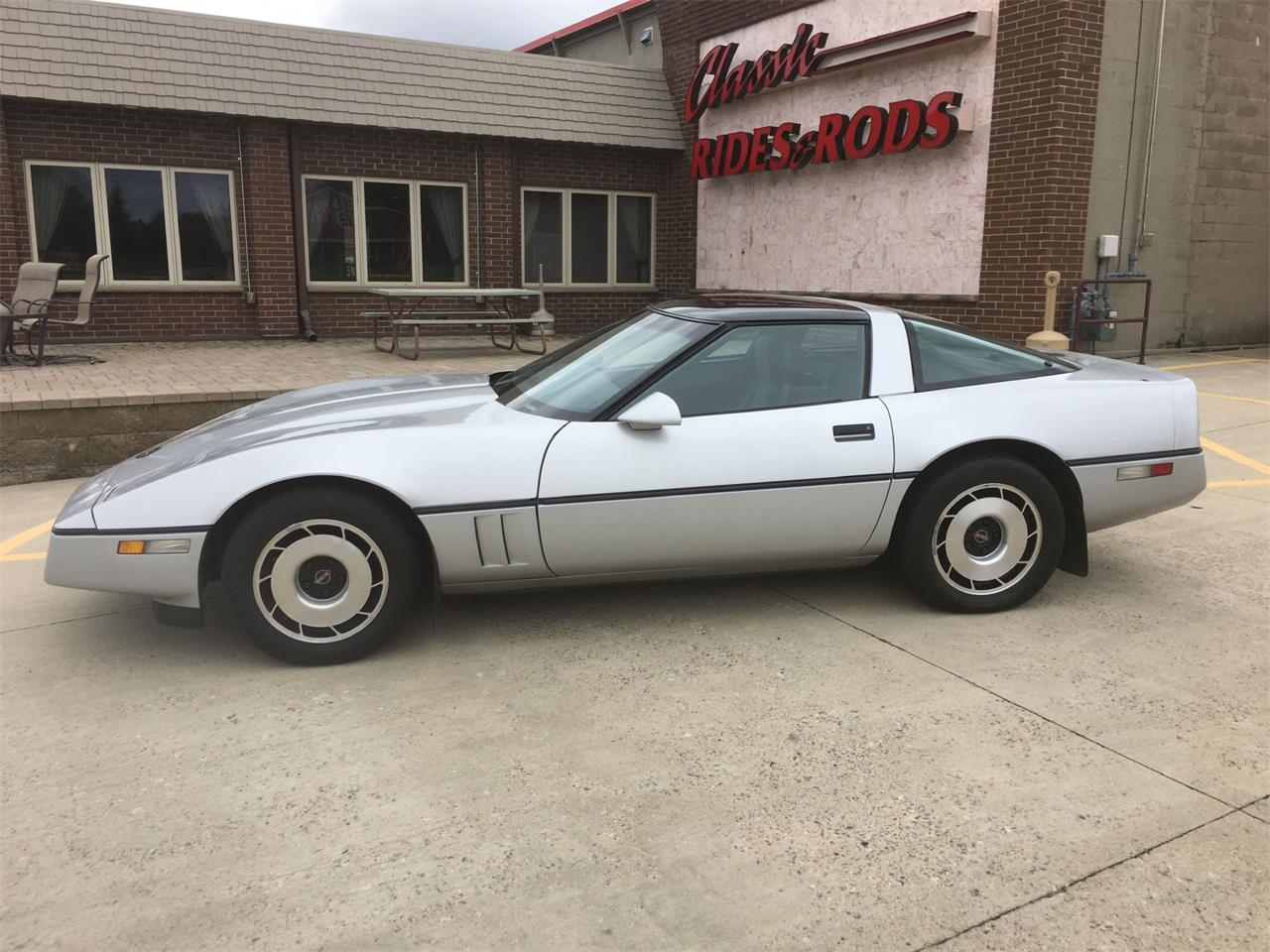 Large Picture of 1984 Chevrolet Corvette located in Minnesota - LME4