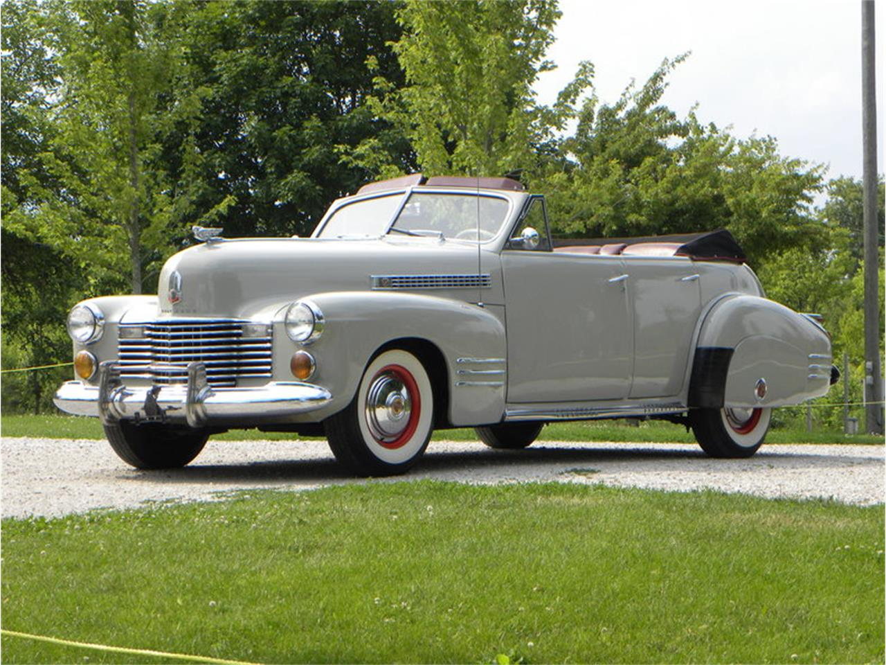 Large Picture of '41 Series 41-62 Convertible Sedan located in Volo Illinois - $42,500.00 - LGAA