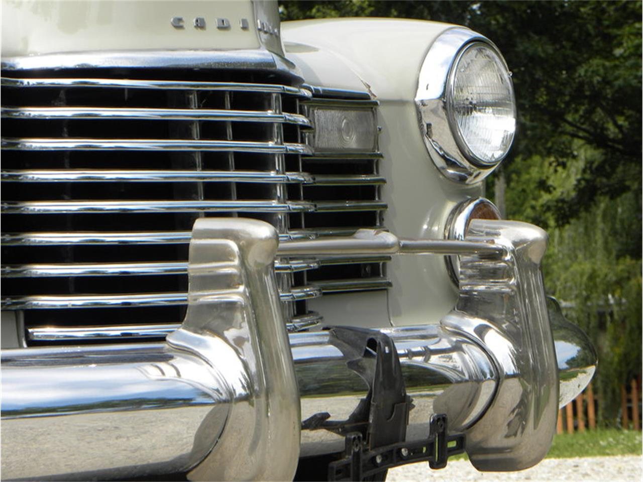 Large Picture of 1941 Series 41-62 Convertible Sedan - $42,500.00 Offered by Volo Auto Museum - LGAA