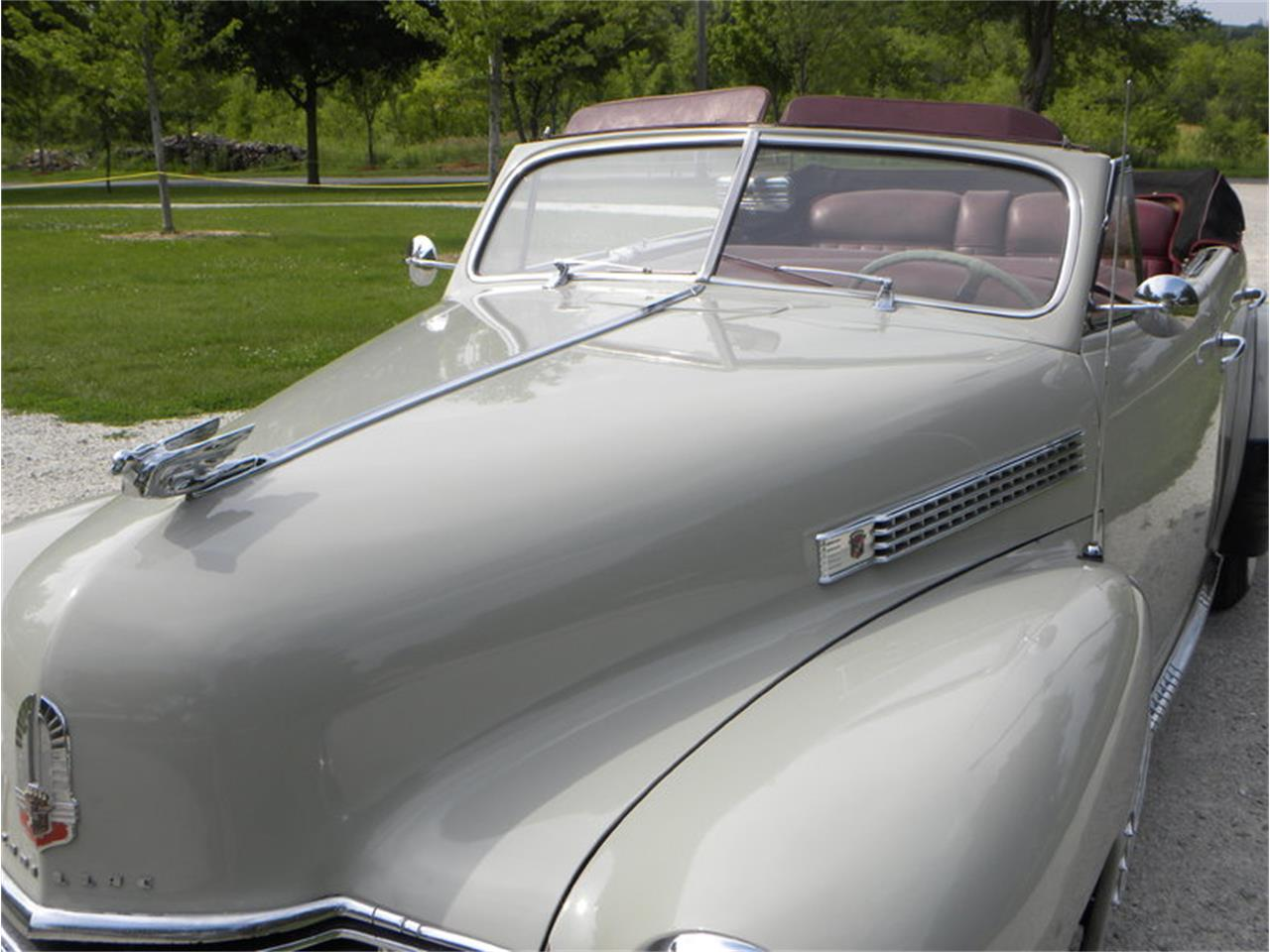 Large Picture of 1941 Cadillac Series 41-62 Convertible Sedan - $42,500.00 Offered by Volo Auto Museum - LGAA