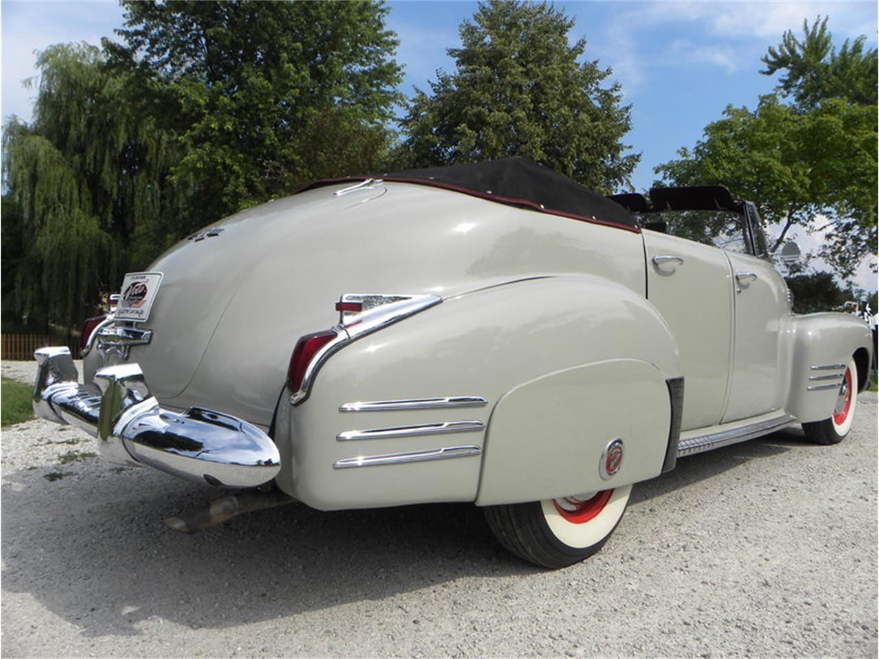 Large Picture of Classic '41 Cadillac Series 41-62 Convertible Sedan - LGAA