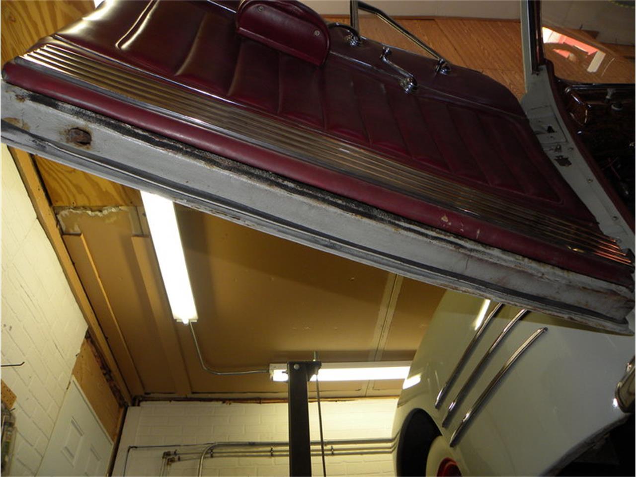 Large Picture of '41 Cadillac Series 41-62 Convertible Sedan - $42,500.00 - LGAA
