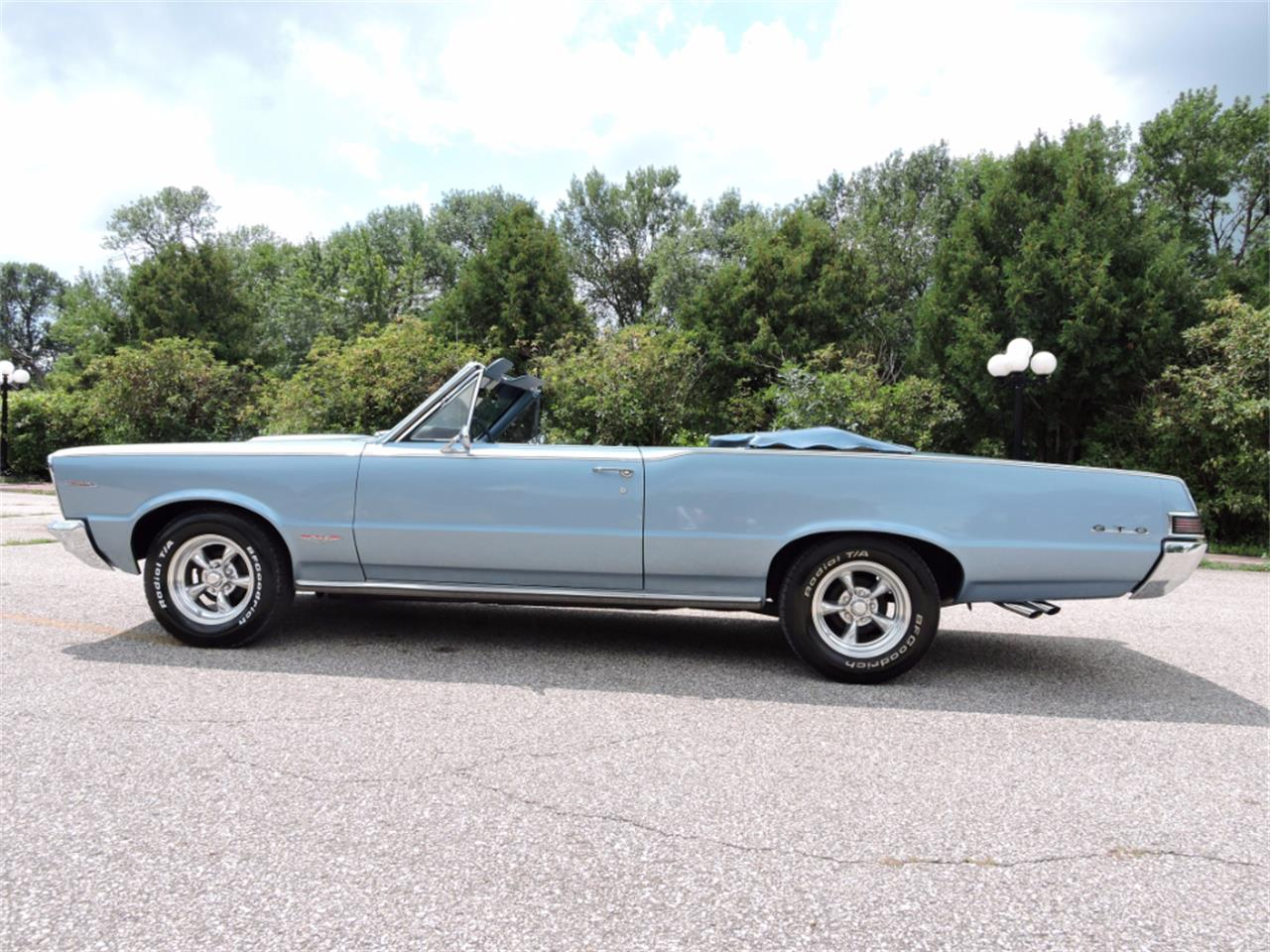 Large Picture of Classic '65 Pontiac LeMans located in Greene Iowa - LMH7