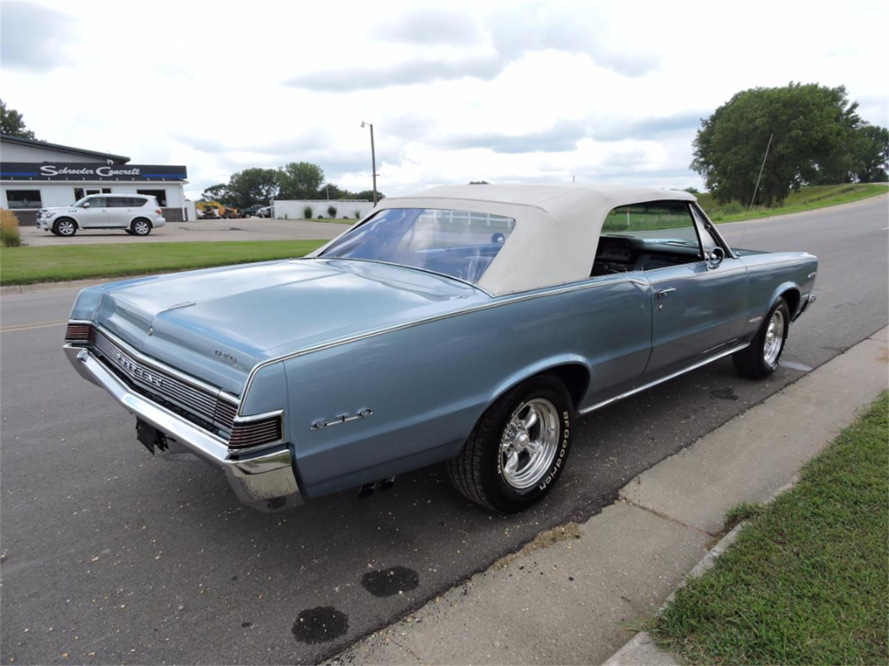 Large Picture of Classic '65 Pontiac LeMans Offered by Coyote Classics - LMH7