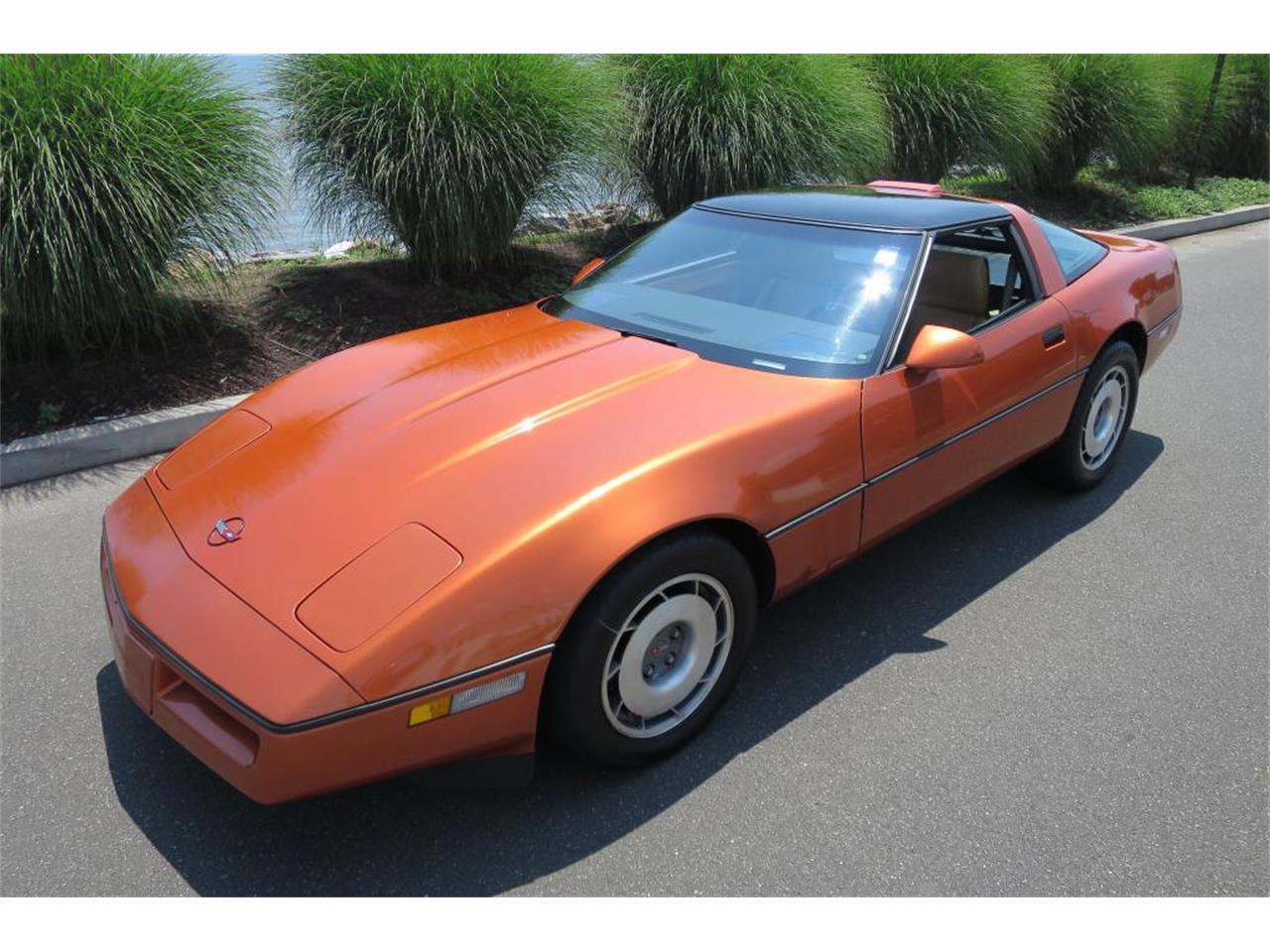 Large Picture of '87 Corvette - LGAJ