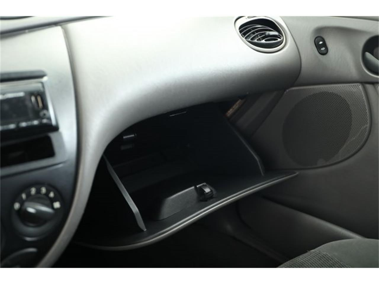 Large Picture of 2003 Ford Focus located in Washington - $4,995.00 - LMHH