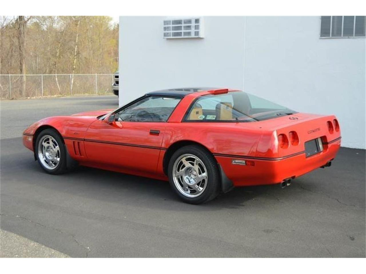 Large Picture of '90 Corvette ZR1 located in Massachusetts - $22,900.00 - LML5