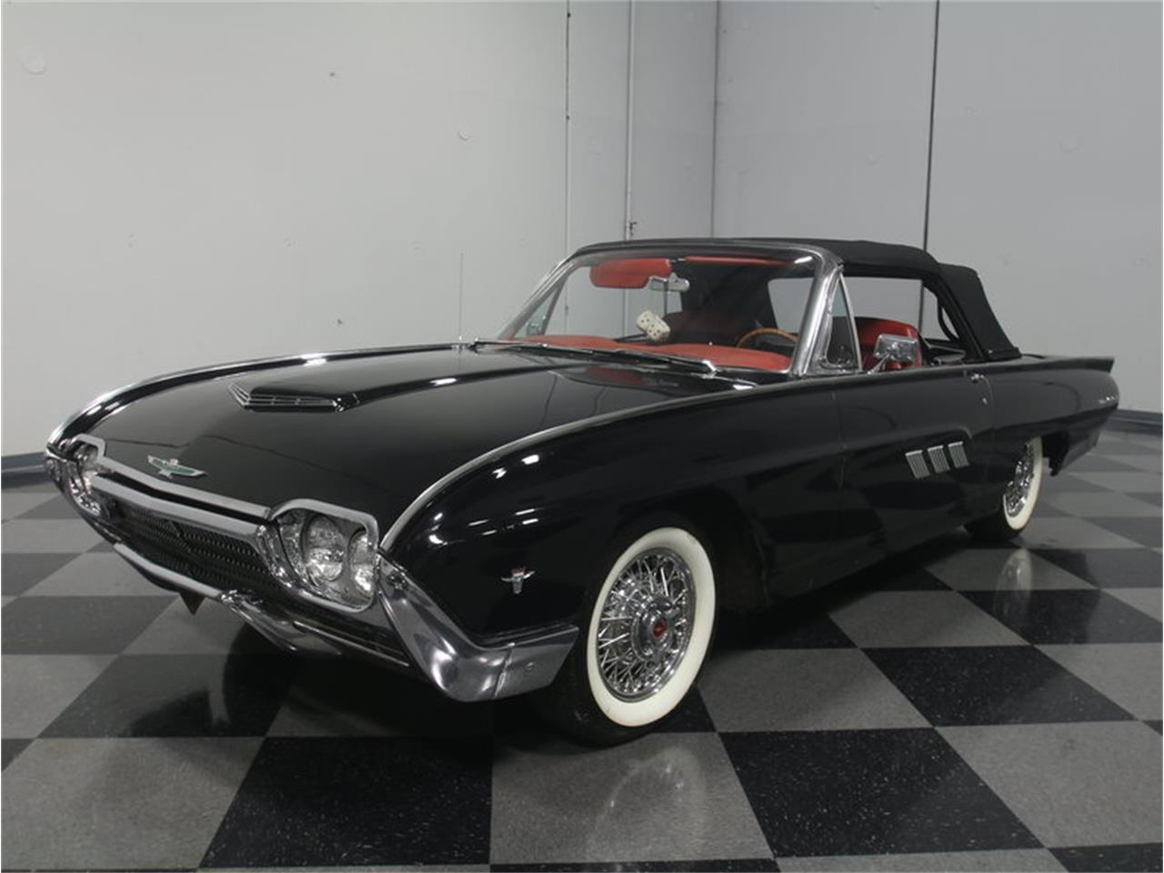Large Picture of Classic 1963 Ford Thunderbird Sports Roadster located in Lithia Springs Georgia - $31,995.00 Offered by Streetside Classics - Atlanta - LGAZ