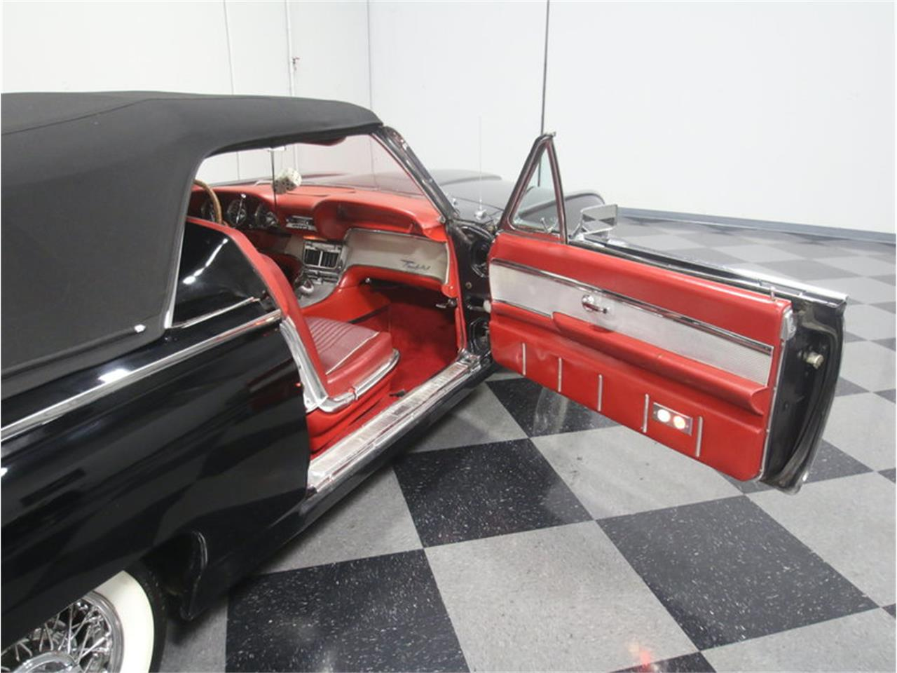 Large Picture of 1963 Thunderbird Sports Roadster located in Lithia Springs Georgia - LGAZ