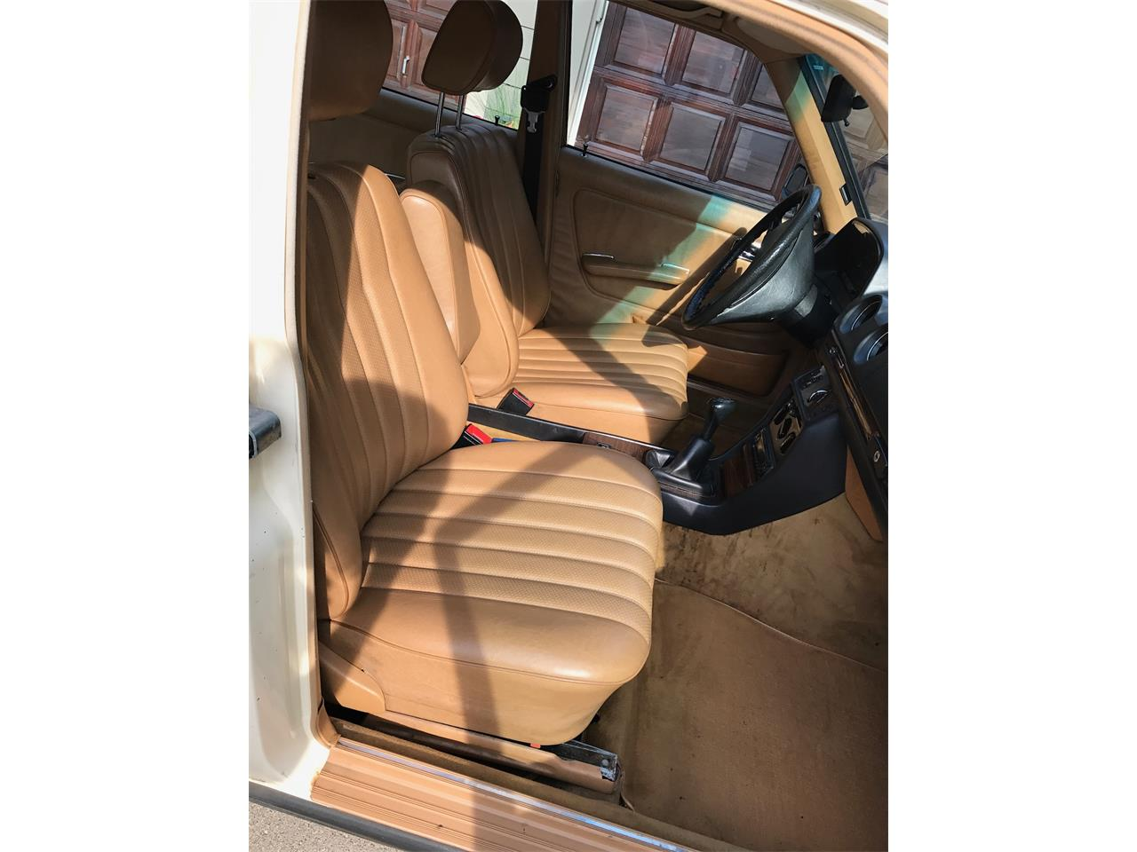 Large Picture of '83 Mercedes-Benz 240D - $6,500.00 Offered by a Private Seller - LMLW