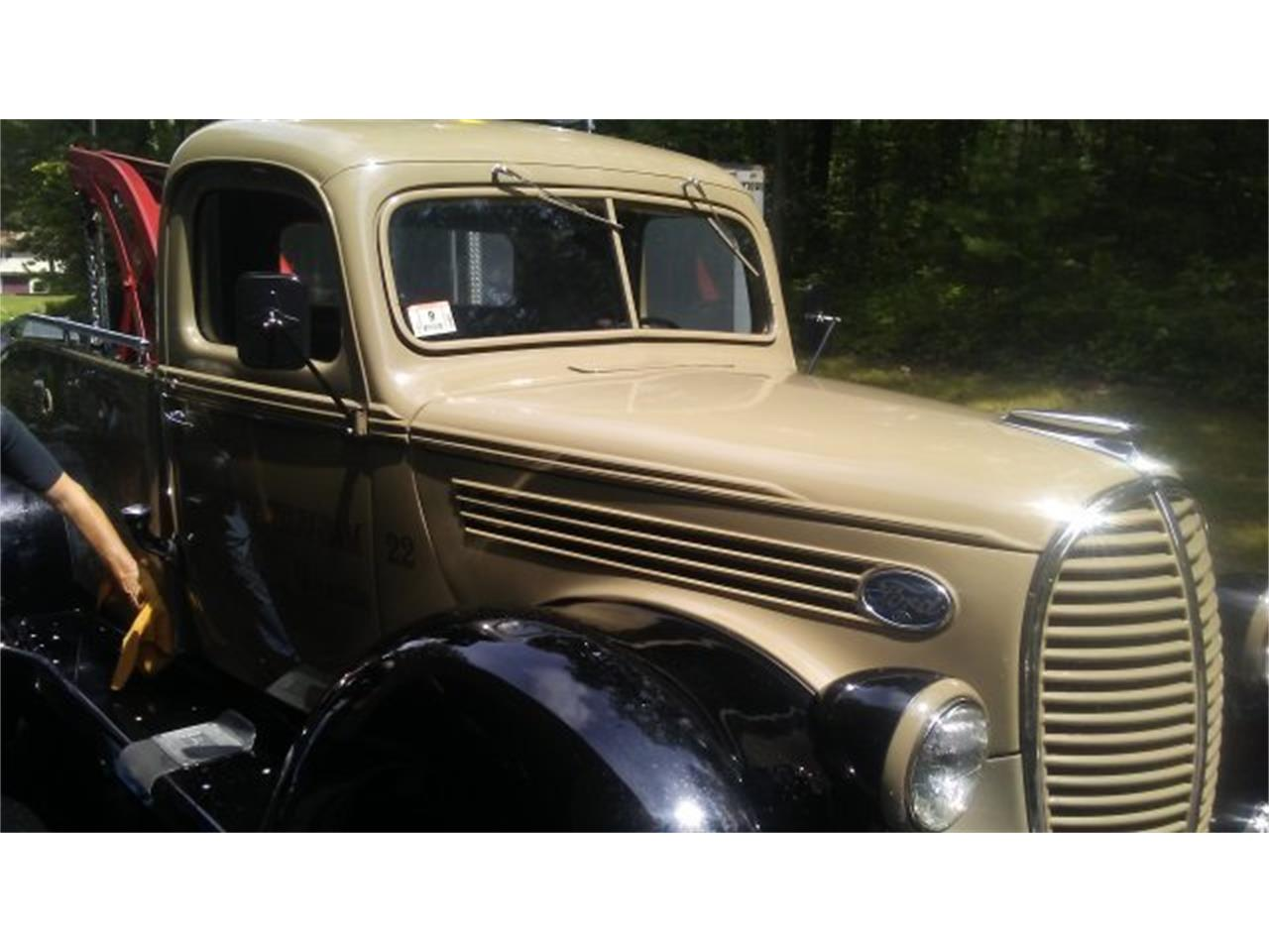 Large Picture of Classic 1939 Ford Pickup located in Massachusetts Offered by CARuso Classic Cars - LMPE