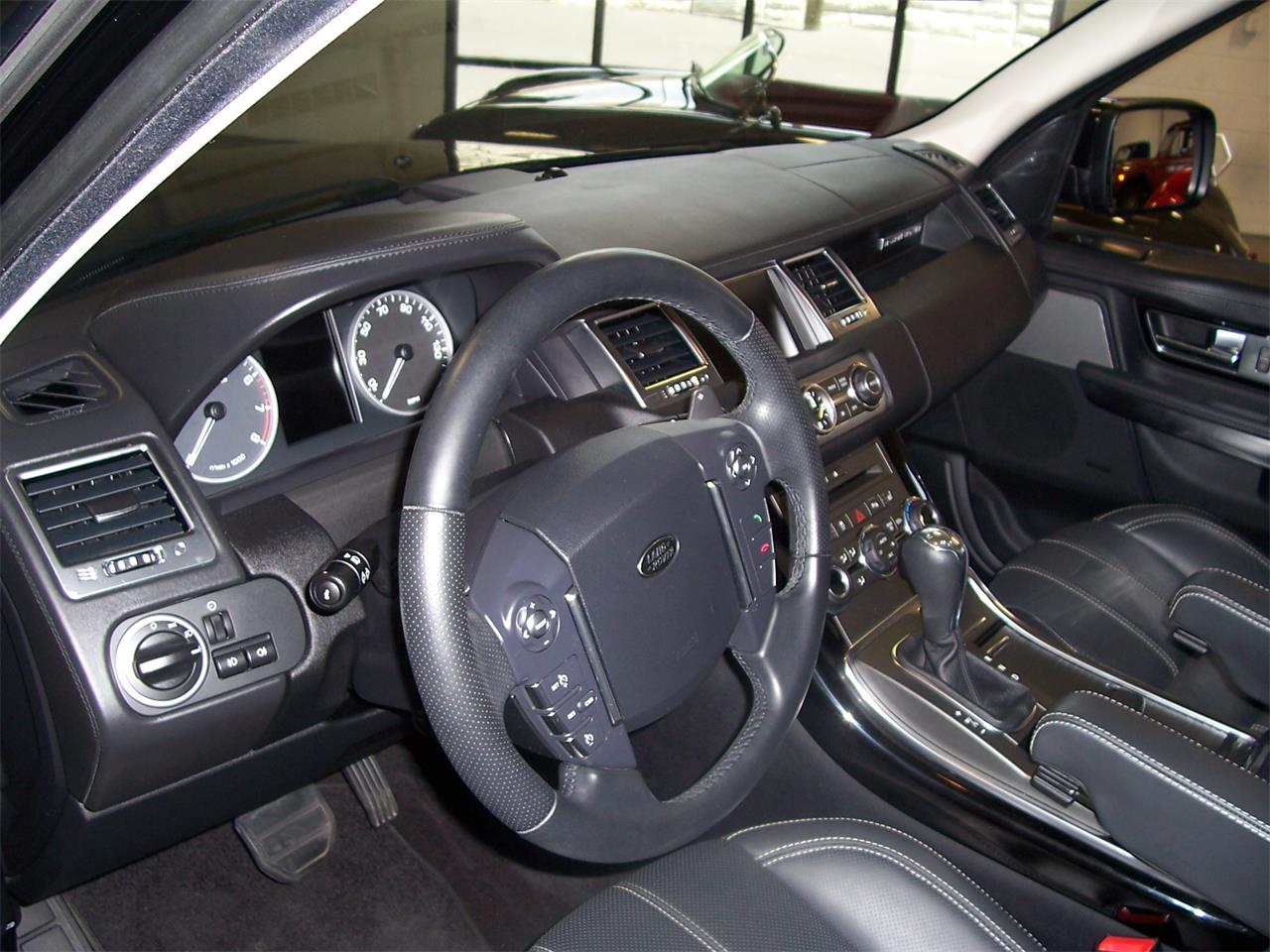 Large Picture of 2011 Land Rover Range Rover Offered by Cloud 9 Classics - LMTA