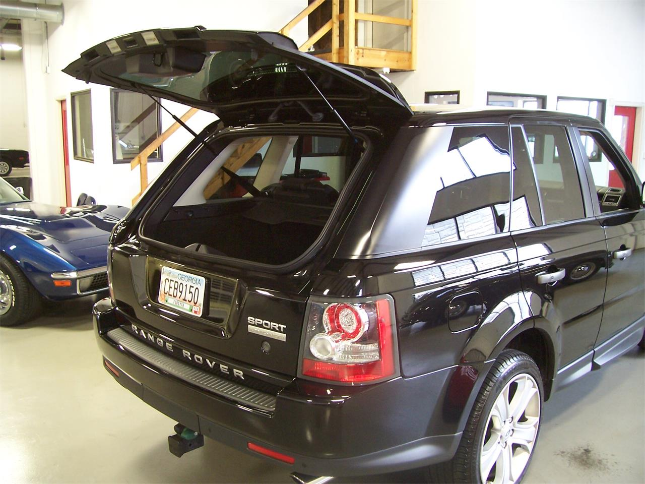 Large Picture of '11 Land Rover Range Rover - $34,900.00 - LMTA