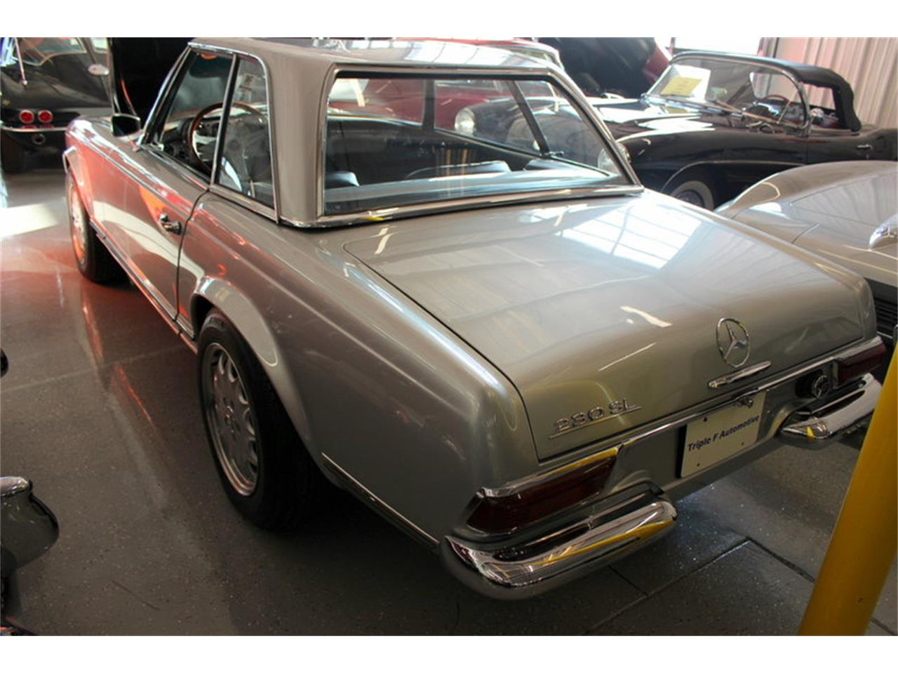 Large Picture of Classic 1966 Mercedes-Benz 230SL - LGBX