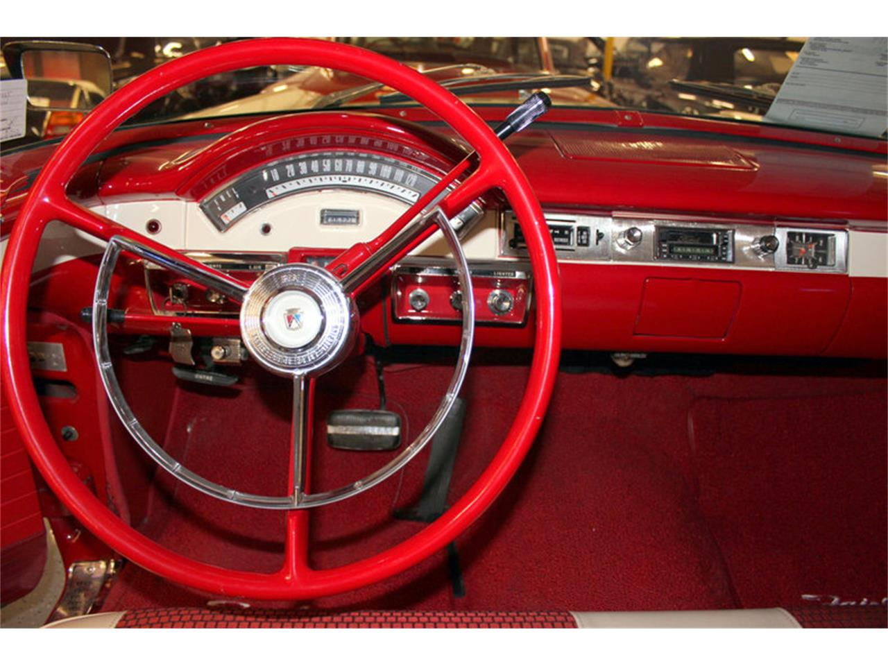 Large Picture of '57 Ford Fairlane located in Fort Worth Texas - LGC1